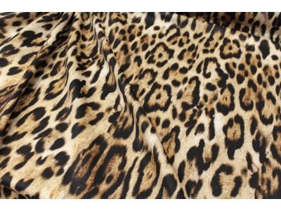 Neopreno leopardo