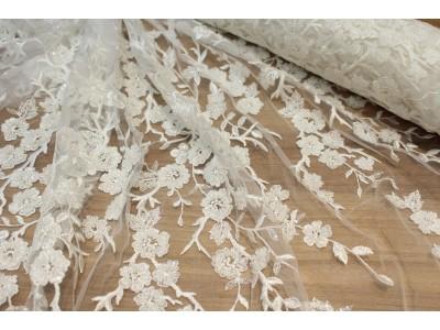 Pedrería flor blanco roto
